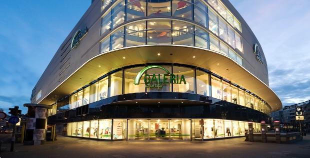 Das Vertrauen der Kreditversicherer in den Handelskonzern Galeria Kaufhof hat bereits stark gelitten. Ziehen jetzt die Banken nach?