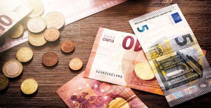 Top-Verdiener im Controlling kommen auf ein Jahresgehalt von bis zu 150.000 Euro.