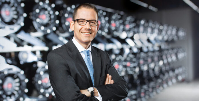 Matthias Heiden folgt als neuer Finanzchef der Software AG auf Arndt Zinnhardt, der seinen Vertrag nicht verlängert.
