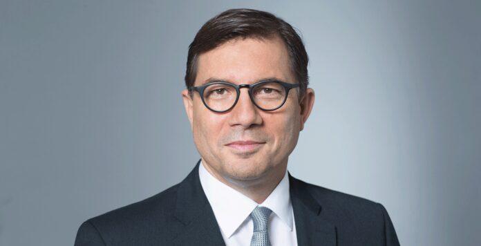 Infineon findet einen neuen CFO: Den Posten des scheidenden Finanzchefs Dominik Asam wird Sven Schneider übernehmen.