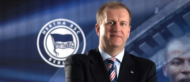 Hertha-CFO Ingo Schiller scheint die Zusammenarbeit mit dem PE-Investor KKR zu genießen.