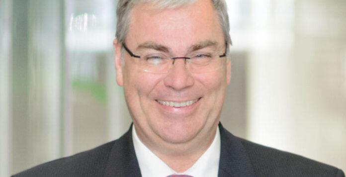 Seine nächste Aufgabe steht fest: Der ehemalige Bayer-CFO Johannes Dietsch geht zu ThyssenKrupp und soll dort die Aufspaltung des Industriekonzerns begleiten.