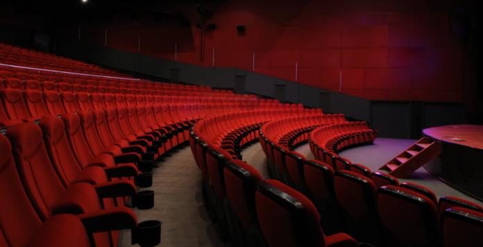 Finanzinvestor KKR schlägt erneut im deutschen Medienstektor zu und übernimmt Universum Film.