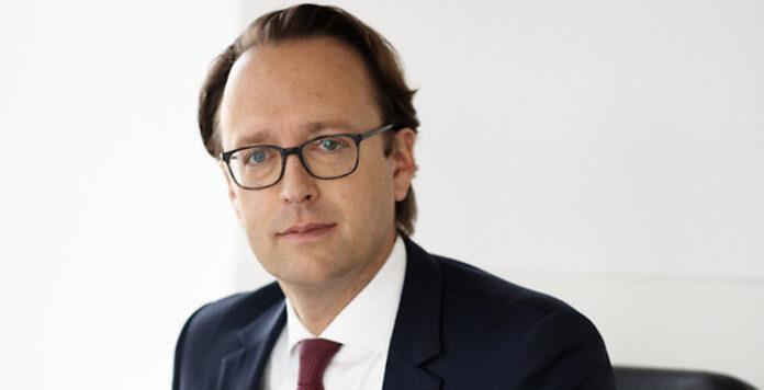 Tom Beckerhoff ist neuer Head of Corporate Banking Legal bei Berenberg.