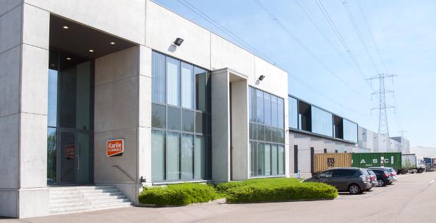 Logistikzentrum von Karlie im belgischen Geel: Der Heimtierhändler will seine Anleihe umstrukturieren. Ob die Gläubiger mitziehen, ist noch offen.