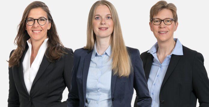 Katy Ritzmann (von links), Alma Franke Oda Wedemeyer rücken bei GSK Stockmann in die Kanzleigremien auf.