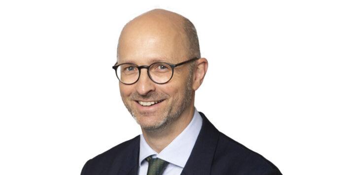 Florian Kawohl wird Managing Director bei der Private-Equity-Beteiligungsgesellschaft HIG Bayside Capital. Er soll den Bereich Distressed Debt Investing in Europa verstärken.