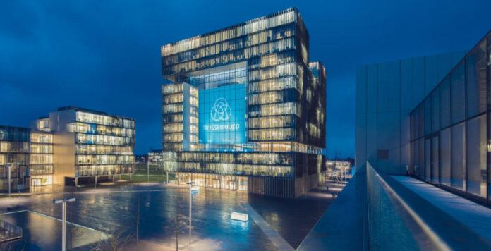 Der Industrieriese ThyssenKrupp steht abermals vor einem radikalen Konzernumbau.