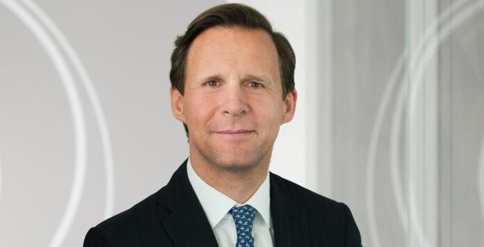 Lars Schnidrig steigt zum CEO auf. Er verantwortet weiterhin die Finanzen, holt sich aber für Deutschland Unterstützung von Martin Bassermann.