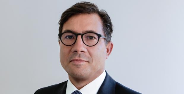 Mit dem geplanten Zusammenschluss von Linde und Praxair kommt auf den neuen CFO Sven Schneider direkt eine große Aufgabe zu.