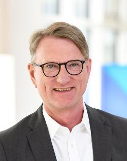 Michael Bücker verlässt die BayernLB.