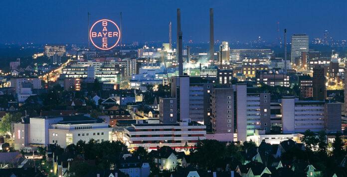 Bayer ächzt zwar unter dem nächsten Glyphosat-Urteil, kommt aber auch bei seiner Portfoliobereinigung voran.