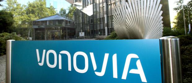 Die Vonovia-Aktionäre haben der Übernahme des Konkurrenten Deutsche Wohnen zugestimmt.