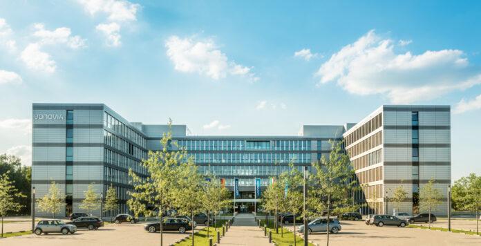 Nach dem gescheiterten Übernahmeversuch steigt der Wohnungskonzern Vonovia bei seinem Konkurrenten Deutsche Wohnen aus.