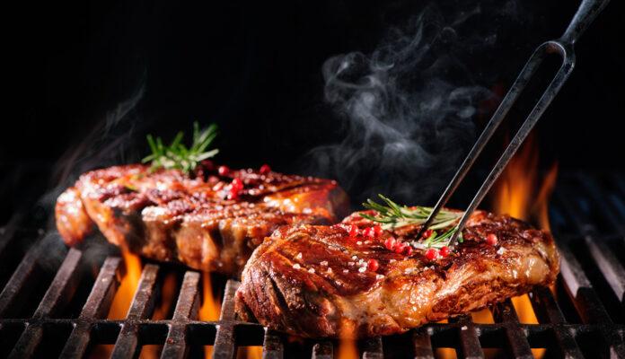 Der Private-Equity-Investor Perusa hat sich an Maredo die Finger verbrannt: Die Steakhauskette musste wegen des Coronavirus Insolenz anmelden.