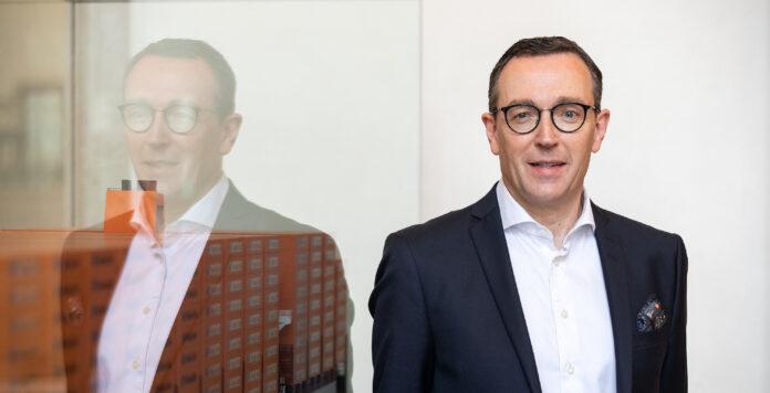 Mark Frese folgt auf Nicolás Burr und wird neuer CFO bei der Containerreederei Hapag-Lloyd.