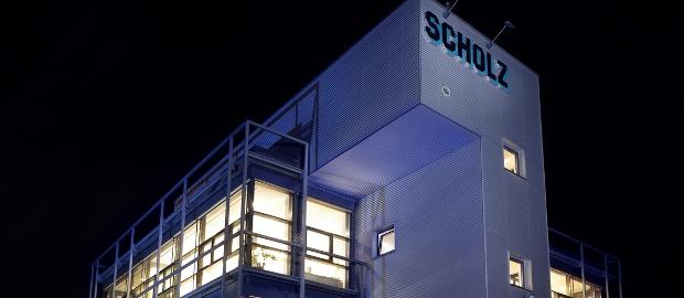 Scholz sucht einen neuen Investor, der frisches Eigenkapital ins Unternehmen pumpt. Das täte auch der angeschlagenen Anleihe gut, denn eine Restrukturierung ist kaum möglich.