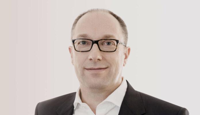 Steht nach dem Abgang von seinem CEO bei Kuka ab Dezember an vorderster Front: der langjährige Finanzchef Peter Mohnen.