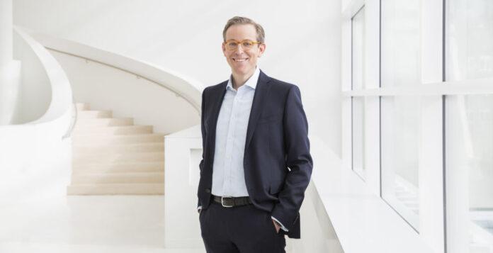 Der langjährige Bertelsmann-Manager Björn Bauer wird neuer Finanzvorstand der RTL Group.