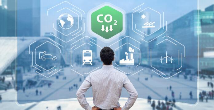 Gar nicht so einfach: Bei der Kommunikation zu Nachhaltigkeitsthemen können CFOs einige Fehler machen.