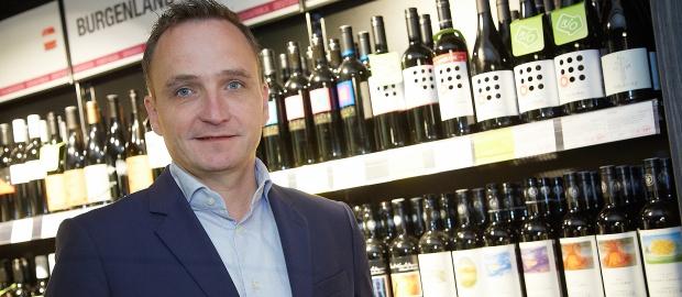 Klaus Pollhammer wechselt von Merkur zu Wein & Co. Beim Weinhändler soll er künftig die Multichannel-Strategie vorantreiben.