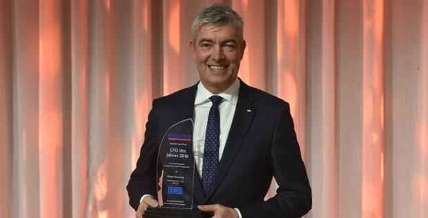 Ralph Heuwing, Finanzchef des Maschinen- und Anlagenbauers Dürr, ist auf der 12. Structured FINANCE zum CFO des Jahres 2016 gekürt worden.