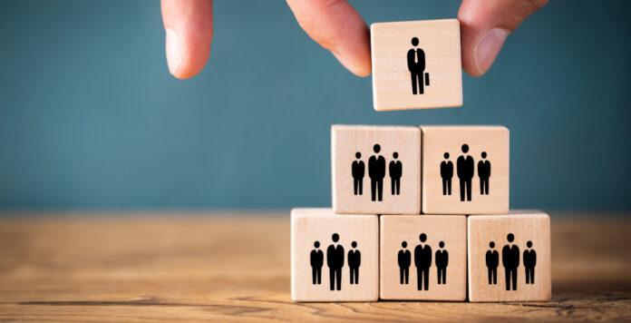 Ein neues Jobprofil wird den Markt der Sanierer aufrollen: Der Restrukturierungsbeauftragte. Doch was machen diese Restrukturierer überhaupt?