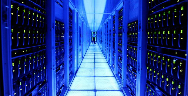 Der Walldorfer Software-Konzern kommt mit seinem Umbau zum Cloud-Anbieter voran.