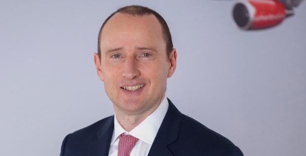 Arnd Schwierholz übergibt die Finanzen von Air Berlin an Dimitri Courtelis und wechselt als CFO zur Flixbus Gruppe.