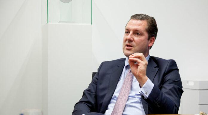 Seine Ratingagentur muss gerade für Unternehmensverfehlungen in der Vergangenheit zahlen: Scope-Gründer und CEO Florian Schoeller