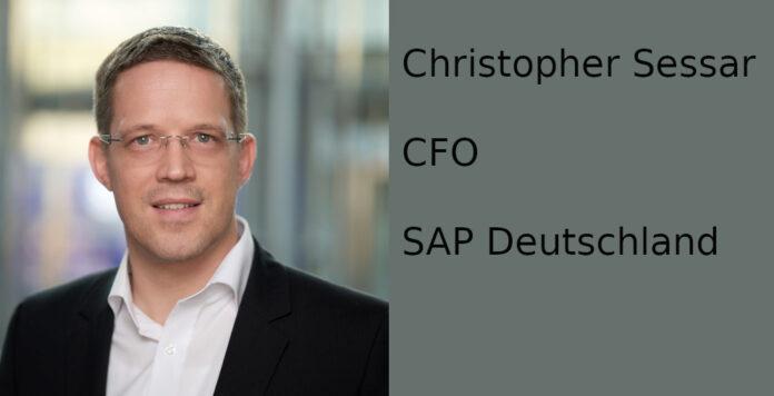 Ein Early-Bird, der auf Minimalismus im Büro setzt: Christopher Sessar, CFO von SAP Deutschland, gewährt im FINANCE-Fragebogen einen Einblick in seinen Alltag.