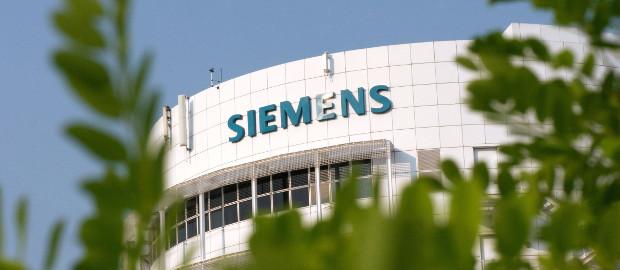 Siemens verkauft die Hörgerätesparte an den PE-Investor EQT, bleibt aber selbst an dem Unternehmen beteiligt.