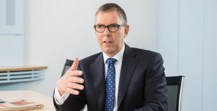 CFO Thomas Rathmann verlässt Siemens Healthineers Ende des Monats. Auf ihn folgt Jochen Schmitz, bislang konzernweiter Chef des Controllings des Technologiekonzerns.