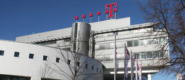 IFRS 15 krempelt die Umsatzbilanzierung der Telekom völlig um – ein neuer Ansatz soll die entstehenden Kosten im Zaum halten.