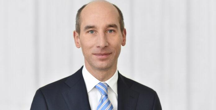 Thomas Toepfer steuert bei Covestro seine vierte CFO-Stelle an.