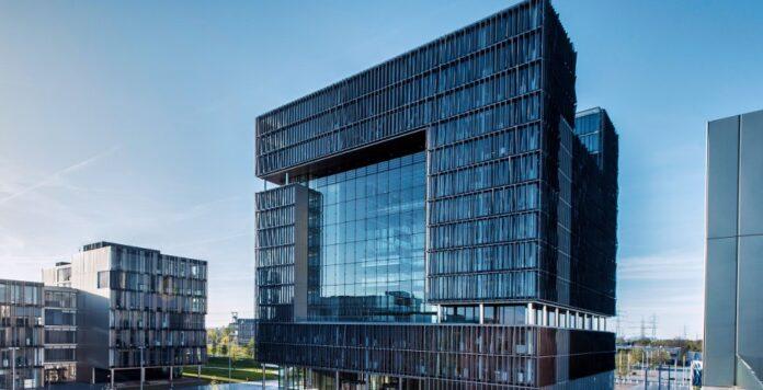 ThyssenKrupp sammelt neue Mittel über eine Kapitalerhöhung ein. Der Schritt folgt einer Reihe anderer Maßnahmen zur Entlastung der Bilanz.