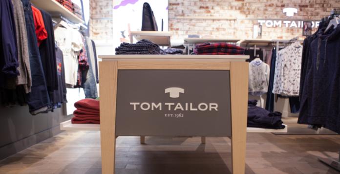 Tom Tailor kann die Brückenfinanzierung bis Mitte September verlängern. Operativ bleibt Bonita das Sorgenkind des Modeunternehmens.