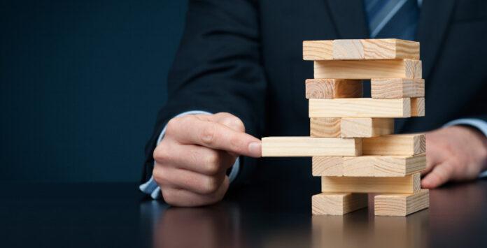 Seit Jahresanfang können Manager die präventive Sanierung nutzen. Um nicht in die Haftungsfalle zu tappen, sollten sie vorher mit ihrer D&O-Versicherung sprechen.