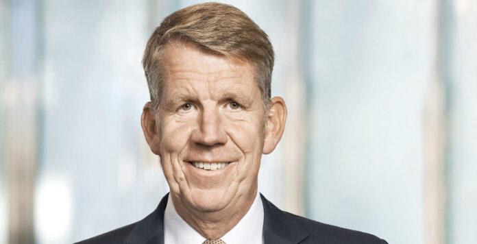 Sieht 1,5 Milliarden Euro Kapitalbedarf, will mit der Mittelaufnahme aber noch warten: Tui-Chef Friedrich Joussen fährt eine Finanzstrategie mit Risiko.