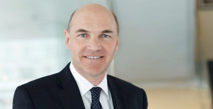 Der österreichische Stromkonzern Verbund gehörte zu den ersten, die auf einen ESG-linked Loan setzen. Peter Kollmann spricht mit FINANCE über den neuartigen Kredit.