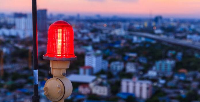 Wer auf erste Warnsignale rechtzeitig reagiert, kann bei Restrukturierungen oft noch gegensteuern, bevor es zur großen Krise kommt.