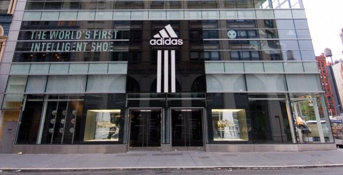 Adidas musste rund eine halbe Milliarde Euro auf die Marke Reebok abschreiben. Die Bilanzierung des Markenwerts war falsch, monierte die Bilanzpolizei.
