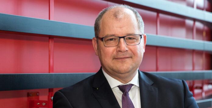 CFO Wolfgang Hesse will Heckler & Koch zum Jahresende verlassen.