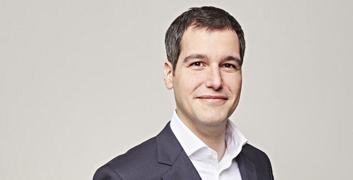 CFO Wolfram Simon-Schröter platzierte kürzlich seine erste Anleihe für Zeitfracht, obwohl die Emission nicht so gut lief, sind weitere Distressed-M&A-Deals in Planung.