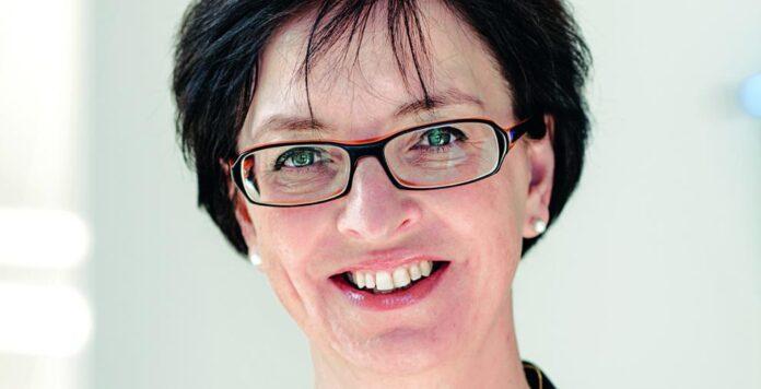 CFO Karin Sonnenmoser wird Ende Juni den Leuchtenhersteller Zumtobel verlassen.