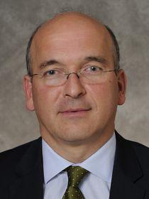 Fernando Vicario ist Head of Corporate Banking in EMEA bei der Bank of America.