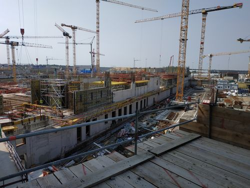 Mega-Bau im Frankfurter Stadtwald: Bald werden bis zu 4.000 Menschen am Tag an T3 bauen.