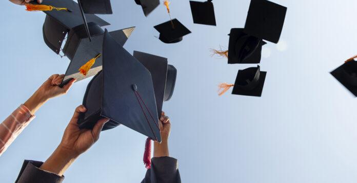 Das Marktforschungsunternehmen Trendence hat Absolventen der Wirtschaftswissenschaften zu ihren Wunsch-Arbeitgebern befragt.