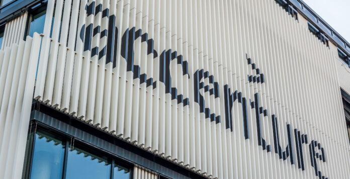Accenture baut seinen Cloud-Bereich mit zwei M&A-Deals aus.