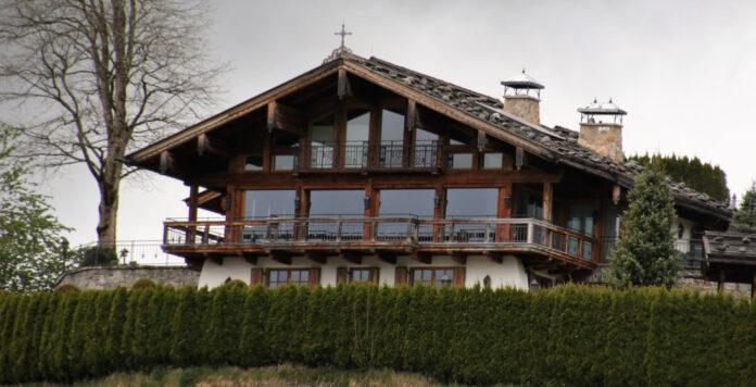 Refugium für einen Asketen: Markus Brauns Chalet am Kitzbüheler Südhang.